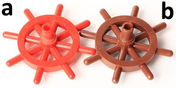 LEGO  PART 4790B REDDISH BROWN SHIPS WHEEL x 1