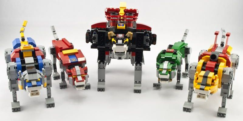 Review Lego 21311 Voltron Giveaway Rebrickable Build With Lego